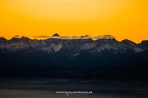 nad Tatrami pojawiały się warkocze chmur...