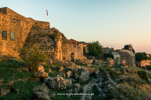 Ruiny Starego Baru..