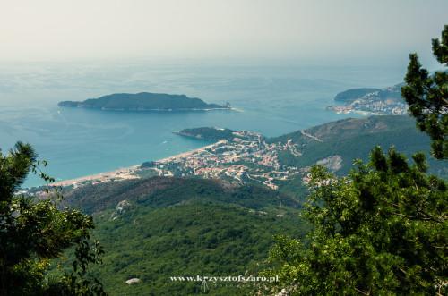 Budva z drogi na Cetinje...