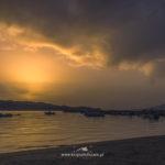 Zachód słońca nad plażą Alykes